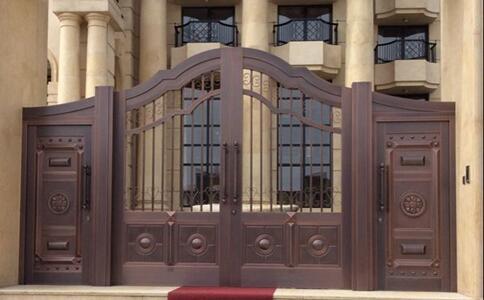 青岛别墅庭院铜门制作有何特别之处?